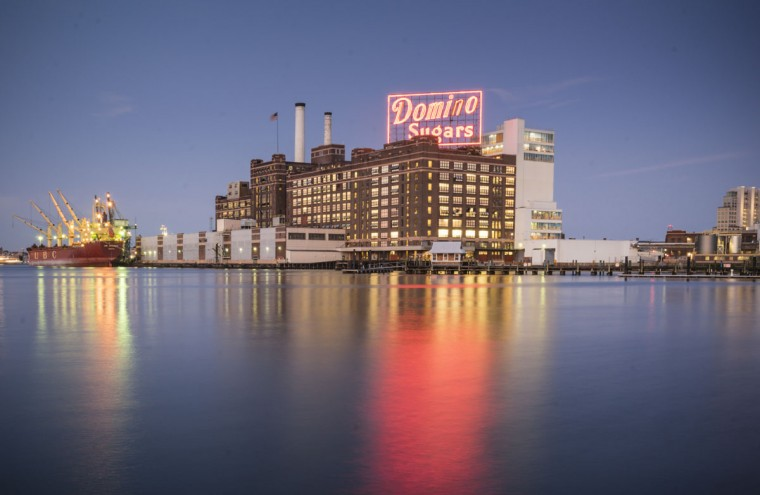 The Domino Sugar sign in Baltimore. (Photo courtesy of Doug Ebbert)