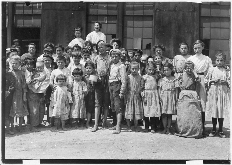 Some of the workers in a Md. Packing Company. 1909 July. (Lewis Hine/Photo courtesy LOC)
