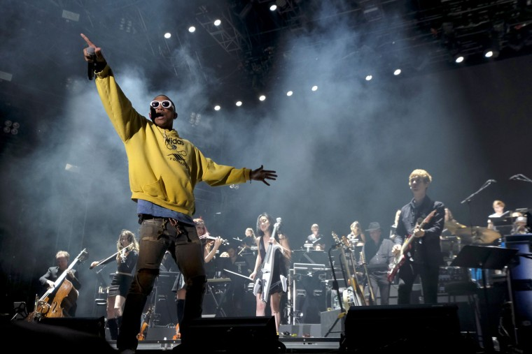 Pharrell Williams and Hans Zimmer perform on the Outdoor Theatre during day 3 of the Coachella Valley Music And Arts Festival (Weekend 1) at the Empire Polo Club on April 16, 2017 in Indio, California. (Photo by Frazer Harrison/Getty Images for Coachella)