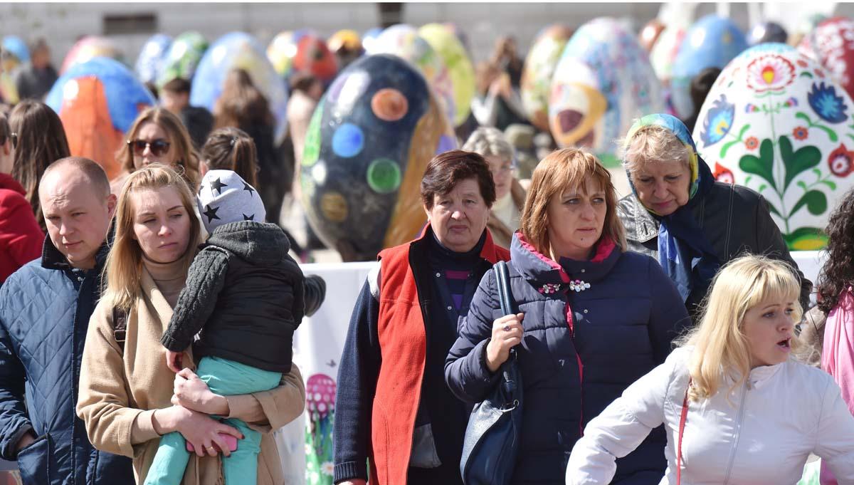 Painted Easter eggs presented in Kiev