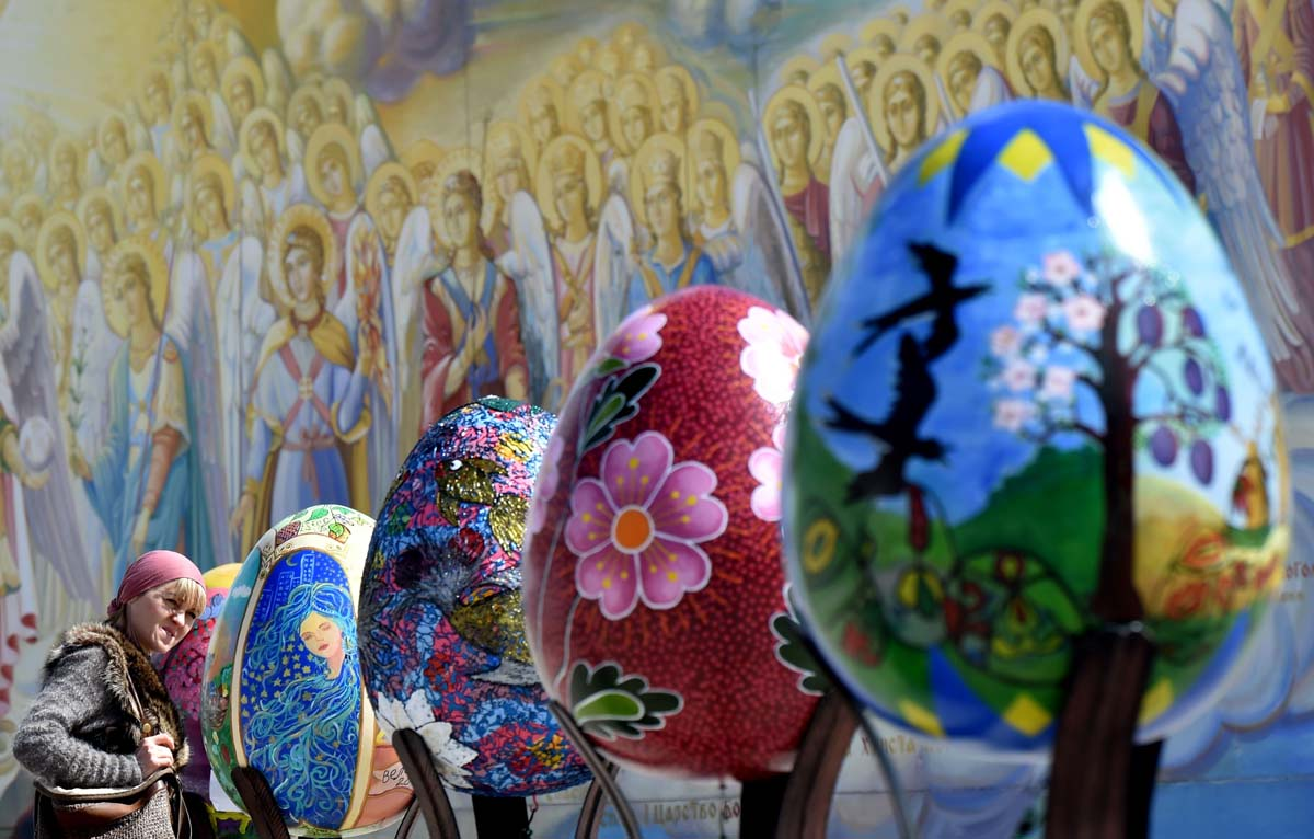 Painted Easter eggs presented in Kiev