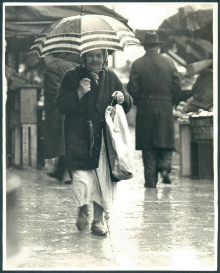 Rainy scene in Baltimore, May 5, 1936. (Baltimore Sun)