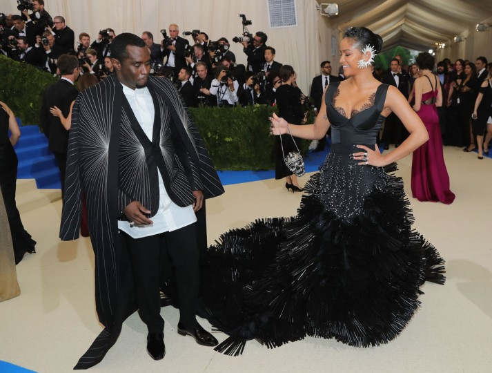 "NEW YORK, NY - MAY 01: Sean ""Diddy"" Combs (L) and Cassie attend the ""Rei Kawakubo/Comme des Garcons: Art Of The In-Between"" Costume Institute Gala at Metropolitan Museum of Art on May 1, 2017 in New York City. (Photo by Neilson Barnard/Getty Images)"
