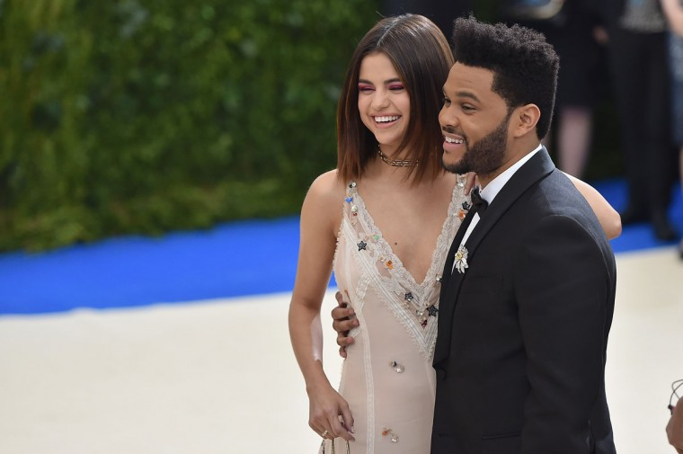 "NEW YORK, NY - MAY 01: Selena Gomez (L) and The Weeknd attend the ""Rei Kawakubo/Comme des Garcons: Art Of The In-Between"" Costume Institute Gala at Metropolitan Museum of Art on May 1, 2017 in New York City. (Photo by Theo Wargo/Getty Images For US Weekly)"