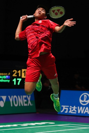Jason Anthony Ho-Shue of Canada smashes during the men's singles Sudirman Cup match against Anthony Joe of Australia (not pictured) at the Gold Coast Sports Centre on May 26, 2017. (Patrick Hamilton/AFP/Getty Images)
