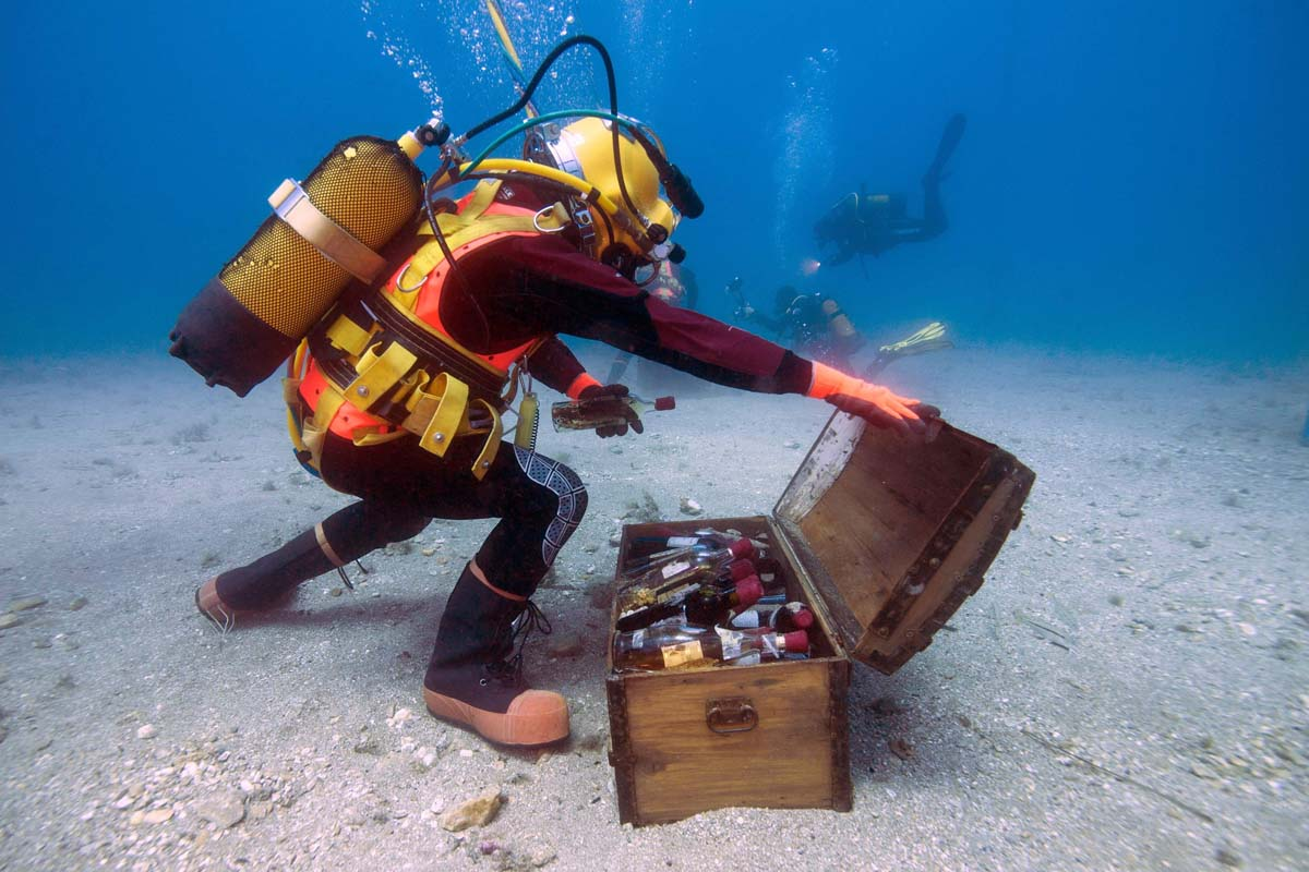 Under the sea, wine matures over the course of a year
