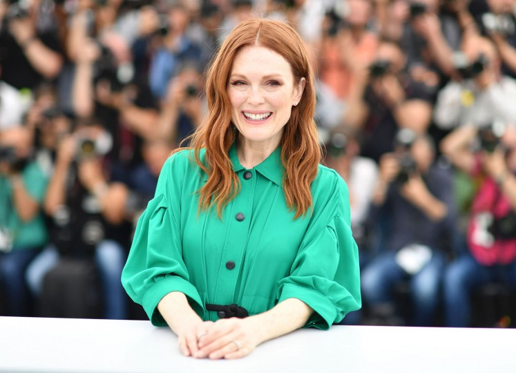 US actress Julianne Moore poses on May 18, 2017 during photocall for the film 'Wonderstruck' at the 70th edition of the Cannes Film Festival in Cannes, southern France. (Alberto Pizzoli/AFP/Getty Images)