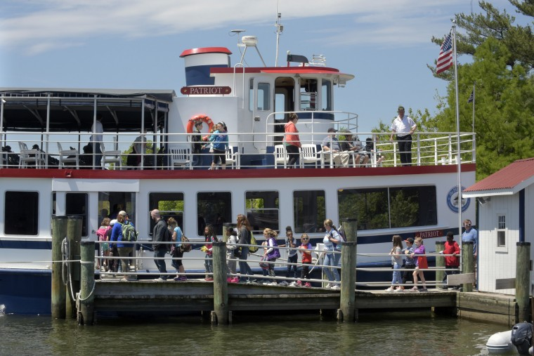 Third graders from Fruitland Intermediate School (Wicomico County) board the Patriot for a scenic tour of the area including wildlife in their natural habitats.  (Algerina Perna/Baltimore Sun)