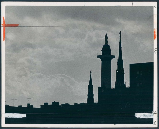 A view of the Washington Monument in Mount Vernon in 1974. (Baltimore Sun photo)