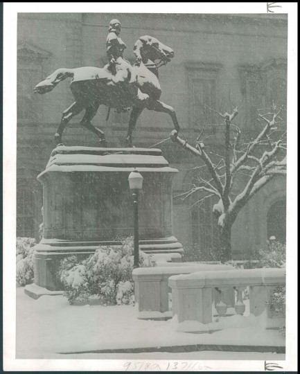 A view of Lafayette at Mount Vernon Place during a snow storm on March 26, 1950. (Photo by Sun photographer A. Aubrey Bodine)