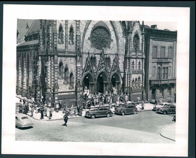A view of Mount Vernon Place Methodist Church on April 19, 1949. (Baltimore Sun photo)