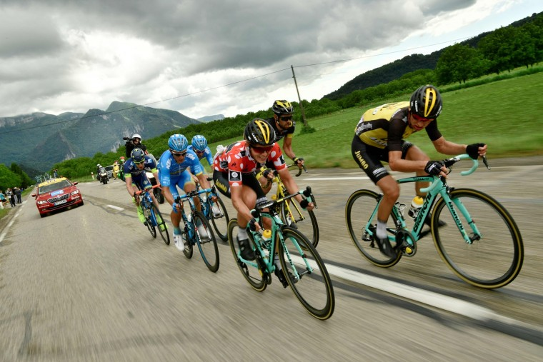 Netherlands' Koen Bouwman (C) second best climber's polka dot jersey, rides during the 184 km third stage of the 69th edition of the Criterium du Dauphine cycling race on June 6, 2017 between Le Chambon-sur-Lignon and Tullins. (Philippe Lopze/AFP/Getty Images)