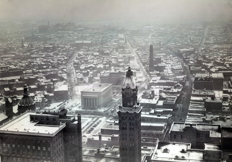 The Maryland Casualty Tower Building stands over the Baltimore skyline in 1937. It was torn down in 1986. (Baltimore Sun)