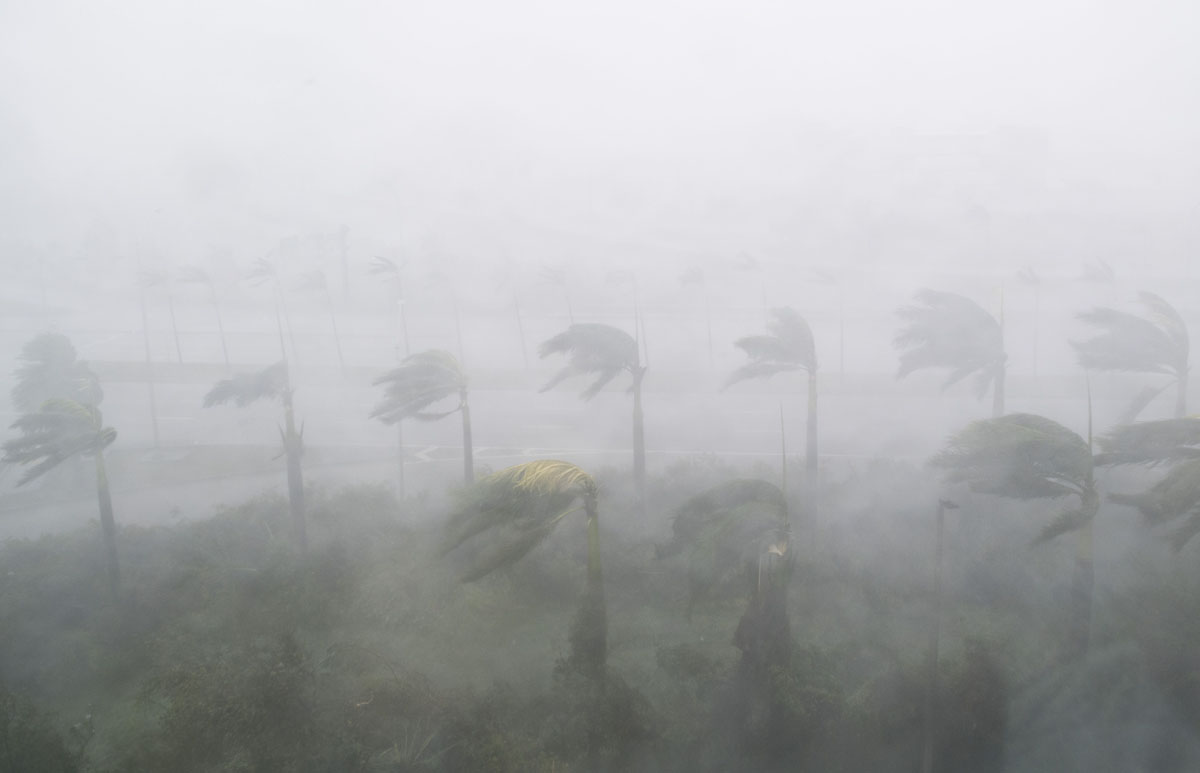 Hurricane Irma: Storm batters Florida, causing flooding and power outages