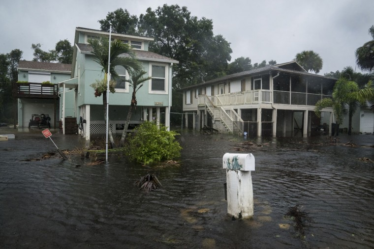 Flood waters begin to rise in neighborhoods Sunday as Hurricane Irma arrives in Bonita Springs, Florida. (Washington Post photo by Jabin Botsford )