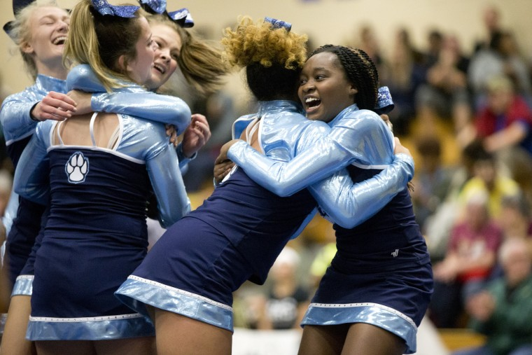 hs_cheerleading_county_championships_20171026
