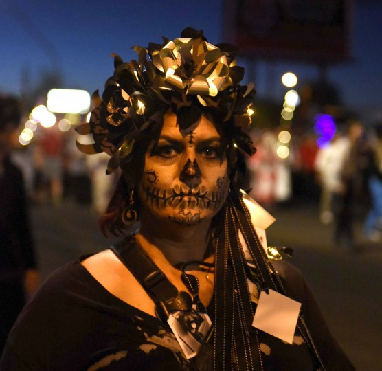 Amy Ijams of Tucson participates in Tucson's All Souls Procession. (Jerry Jackson/Baltimore Sun)
