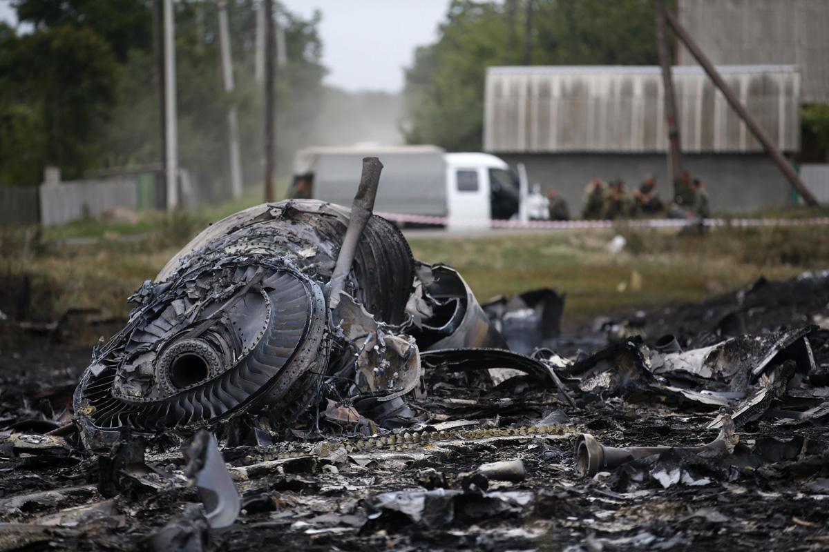 malaysia airlines crash debris - photo #20