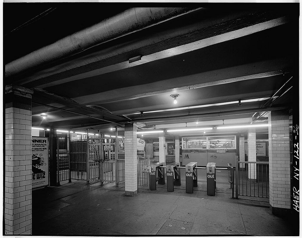 Eighth Street–New York University station