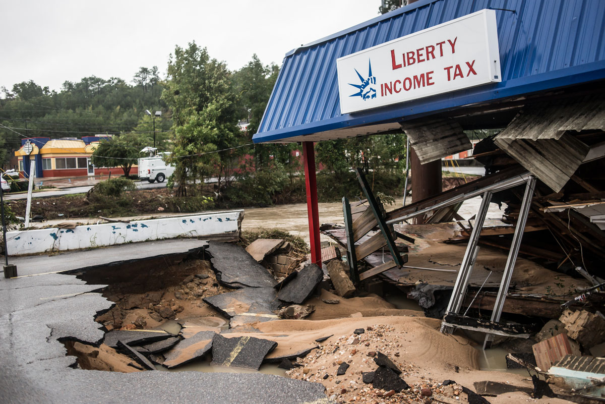 Mercedes Columbia Sc >> Flooding in South Carolina after storms