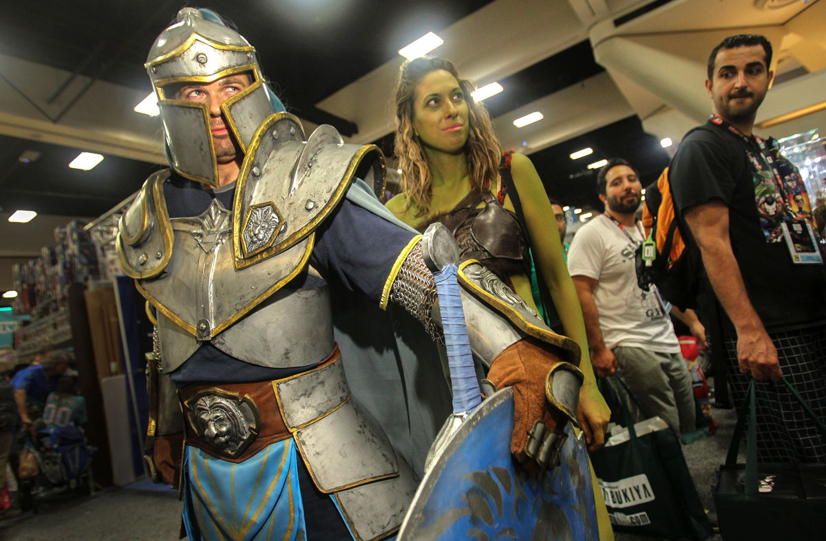 Movie Reviews And More San Diego Comic: Characters Come Out To Comic-Con 2016 In San Diego